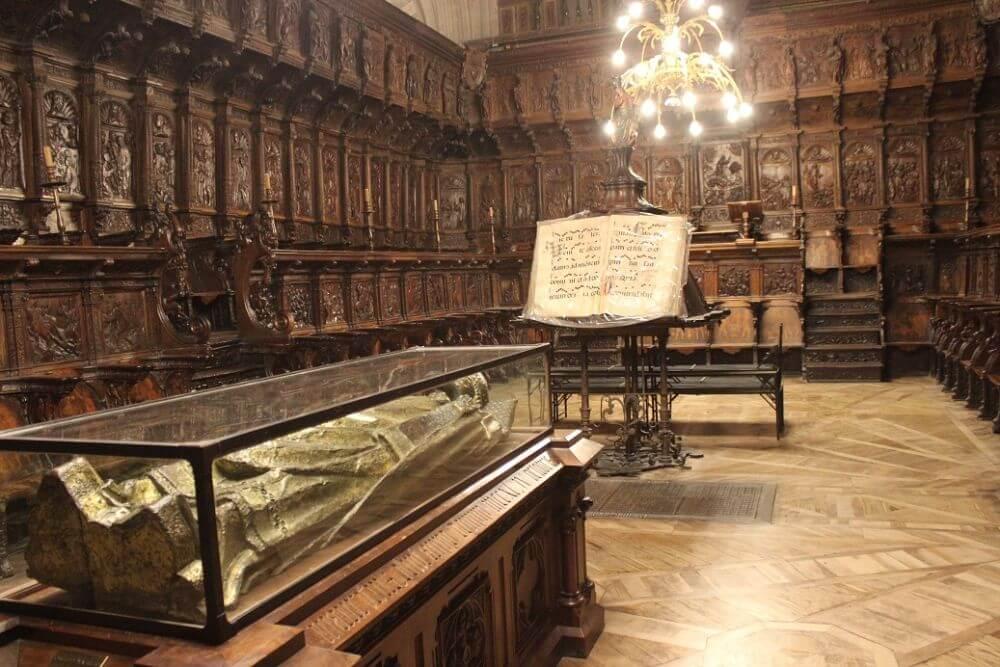 Burgos-Turismo_Visita-guiada-Catedral_Coro-de-la-Catedral