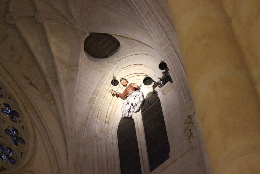 Burgos-Turismo_Visita-guiada-Catedral_Papamoscas