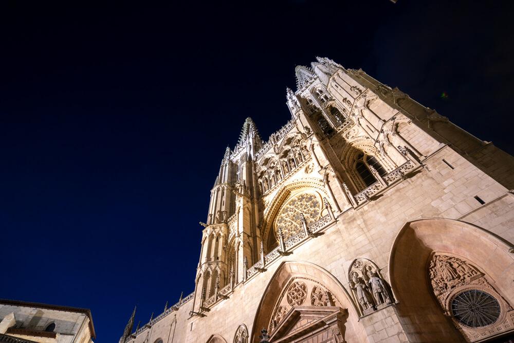 Burgos-Turismo_Visita-guiada_Nocturna_Burgos-Leyenda_17