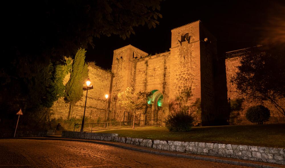 Burgos-Turismo_Visita-guiada_Nocturna_Burgos-Leyenda_33